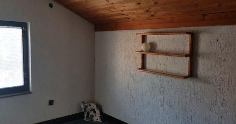 Kertvaroš - Teslino,Poslovni prostor