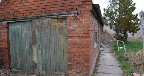 Kertvaroš - Teslino,Dvojna kuća